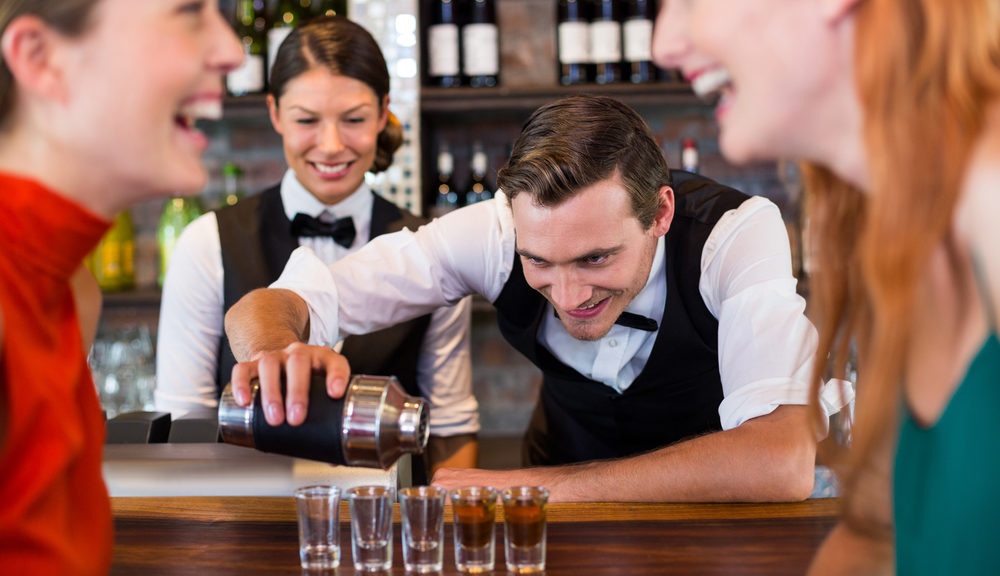 Top 7 Reasons Why You Need Bartending School